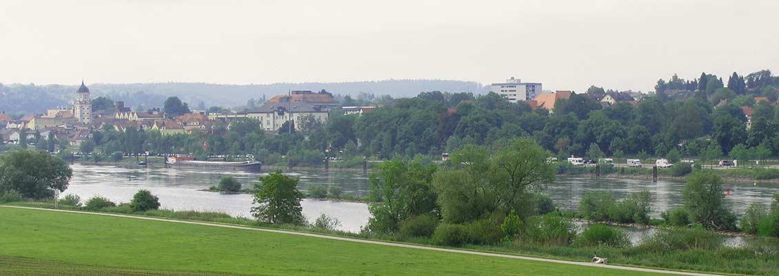 Blick auf die Donau vom Planetenweg aus